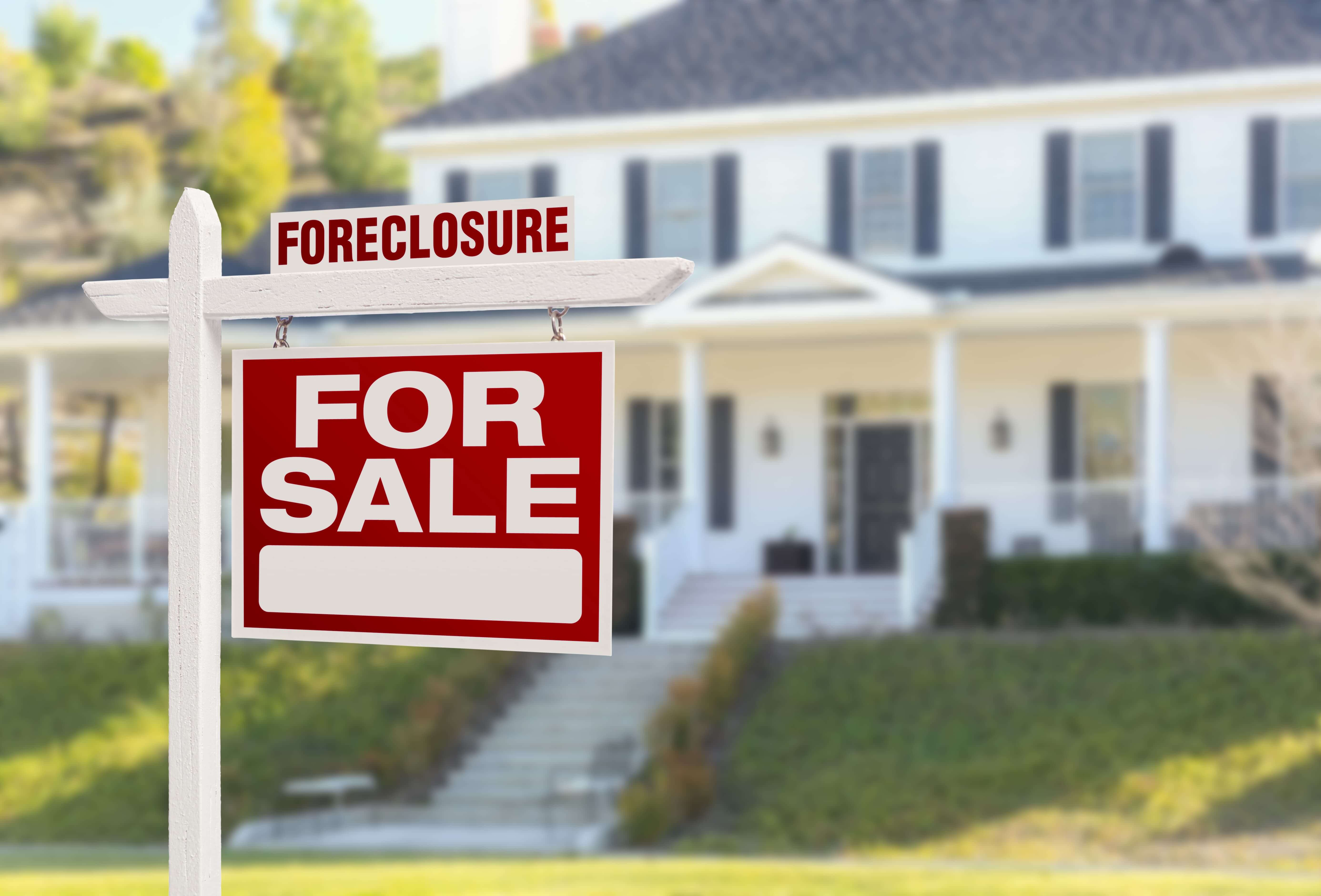 foreclosing on a house